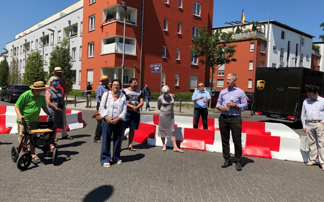 Verkehrsberuhigung im Künstlerviertel: Durchfahrtssperre am Christa-Moering-Platz